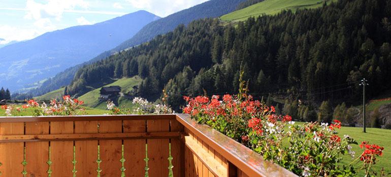 Appartamenti prezzi appartamenti alto adige vacanze - Divano meraviglia prezzo ...